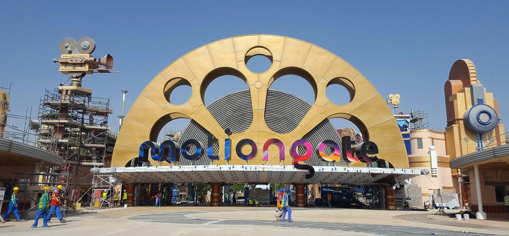 1-motiongate_dubai_main_gate
