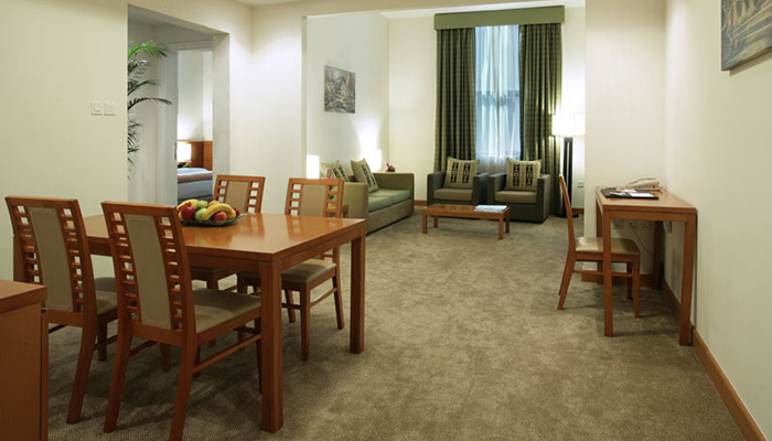 2-Deluxe-Category-Room-image