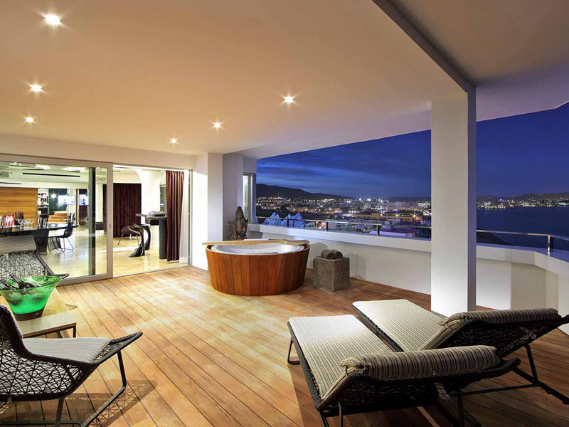 71_ushuaia-beach-hotel-top-of-the-world-suite6