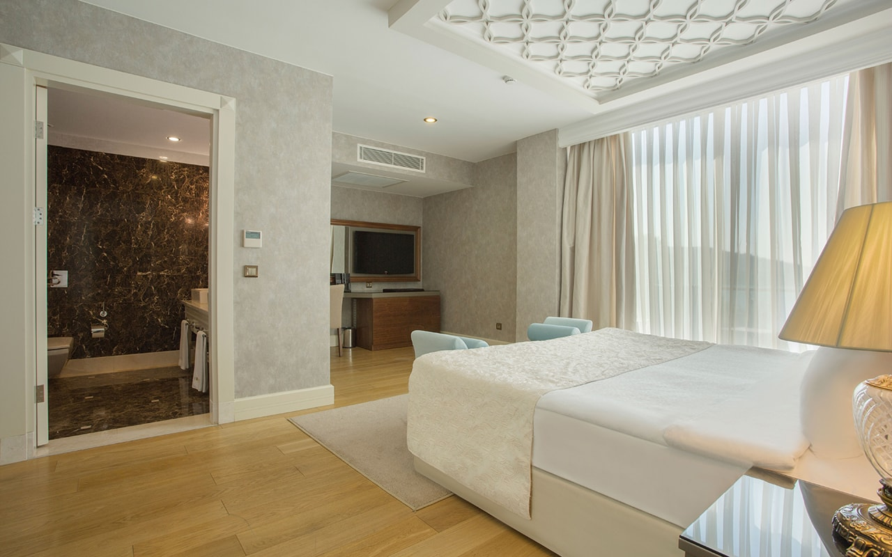 Apollon-Poseidon villa Bedroom (9)-min