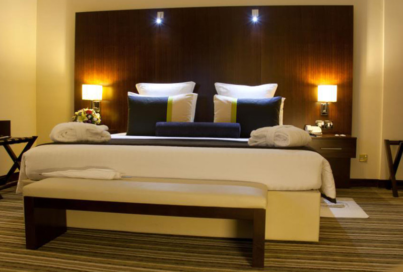 Avari World Traveler Suite
