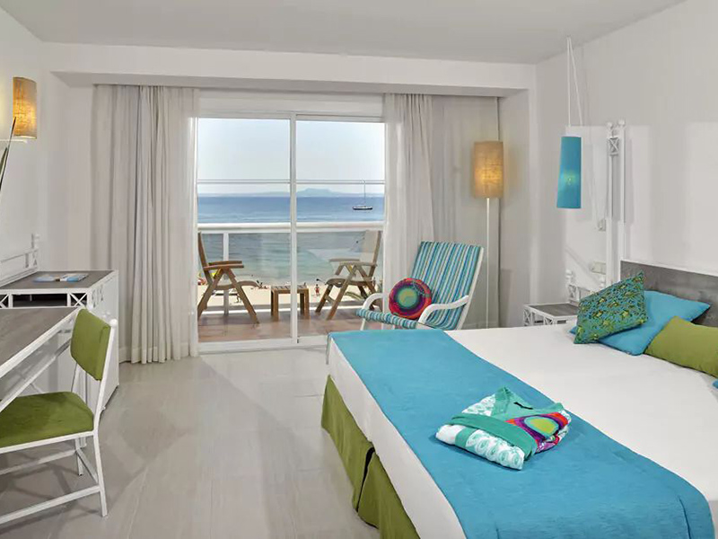 BEACH HOUSE SEA VIEW ROOM_1
