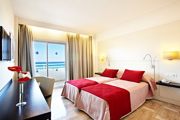 Double Room Sea