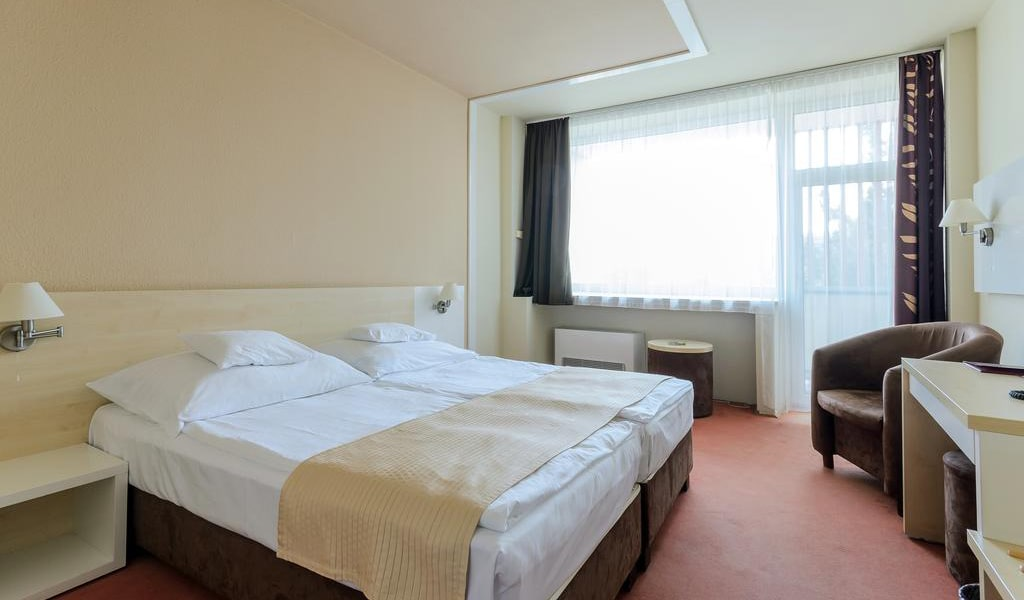 Double Room with Balcony 2-min
