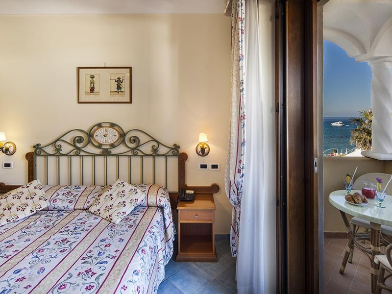 Double or Twin Room with Partial Sea View3-min
