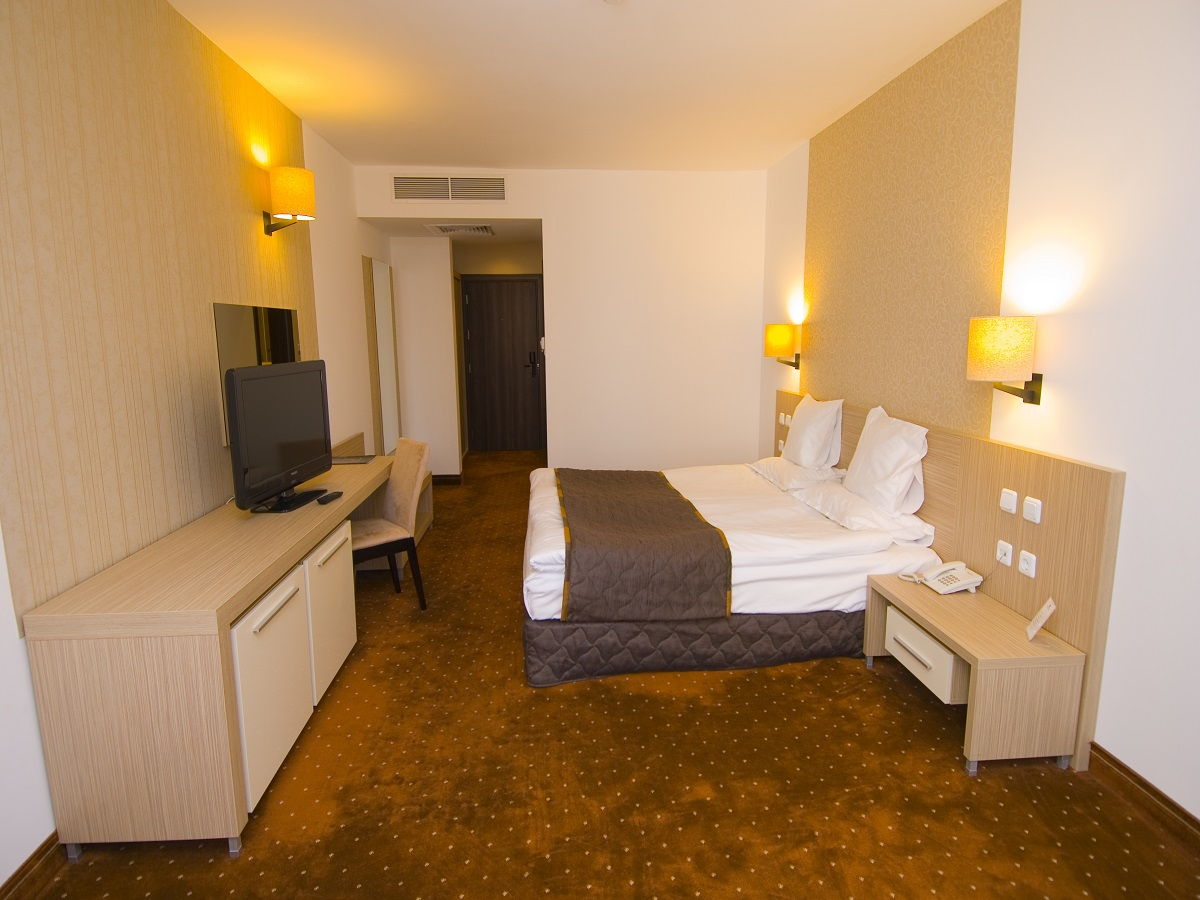 Double room in Radina`s Way 1