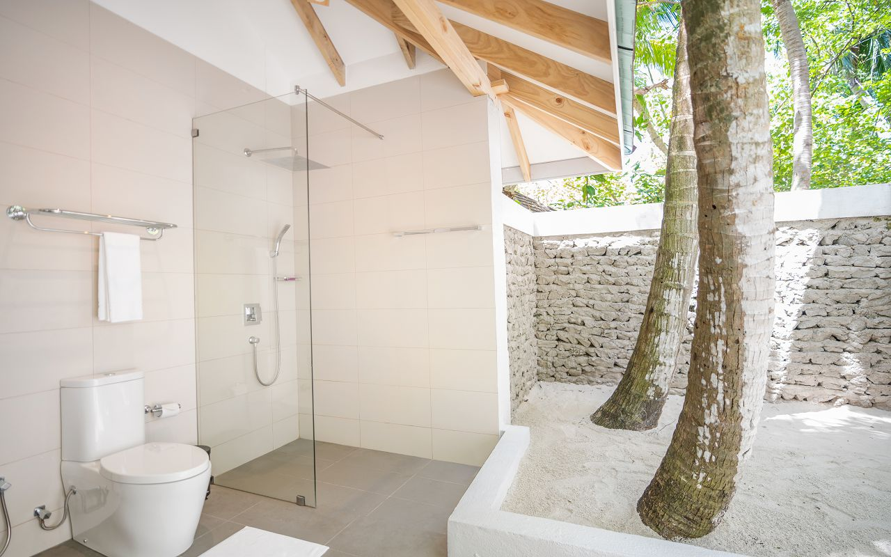Elaidhoo Maldives by Cinnamon Beach Bungalow Bathroom