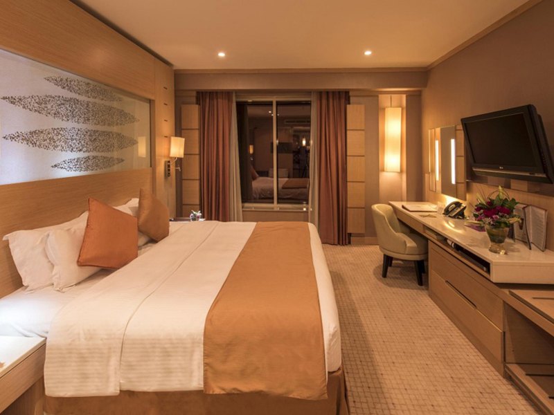 Executive Premier One Bed Room Suite Royal Floor4