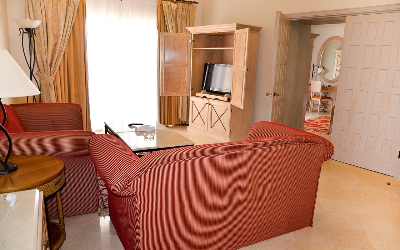 Executive Suite Sea View_11-min