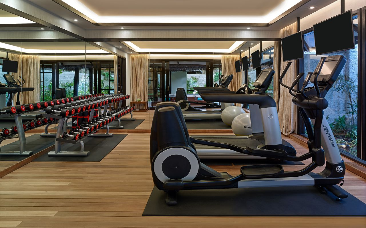 Jumeirah Vittaveli - Royal Residence - Private Gym