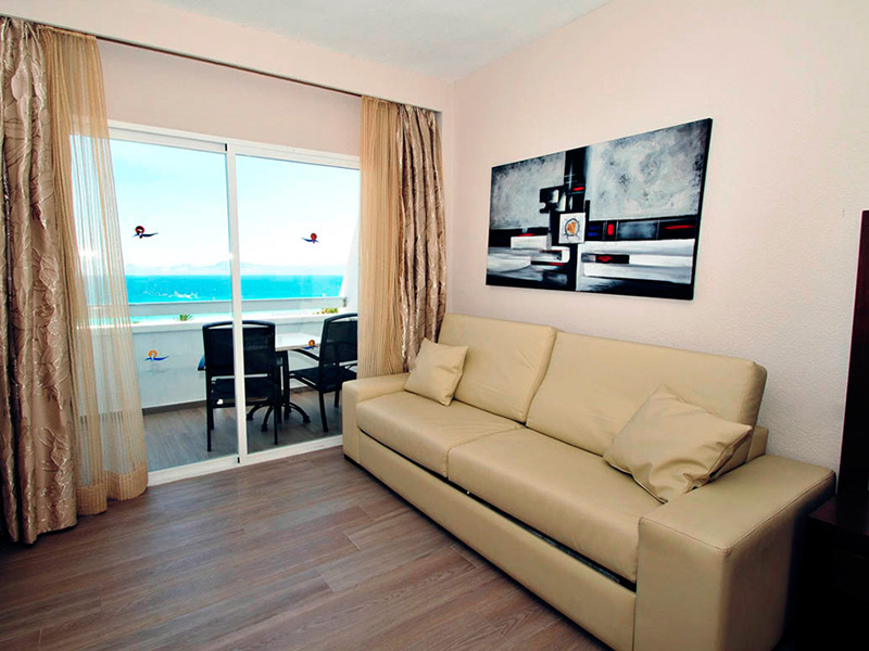 Junior Suite Sea Views2
