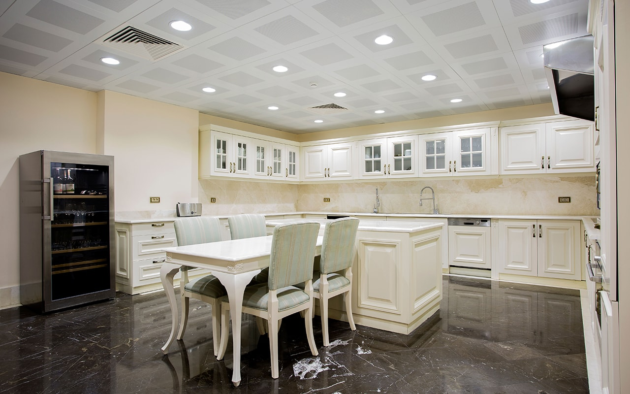 Presedential Villa Kitchen (3)-min