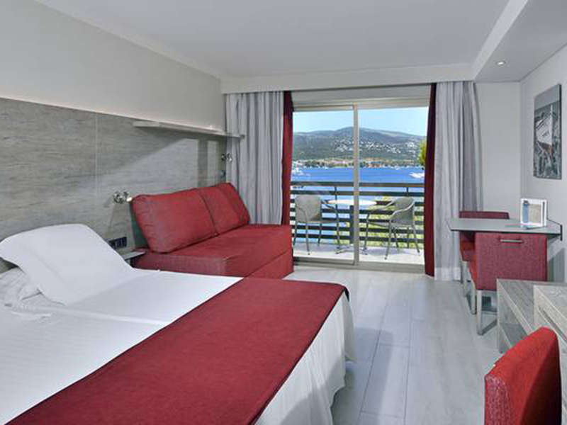 SEAVIEW SINGLE BEDROOM APARTMENT