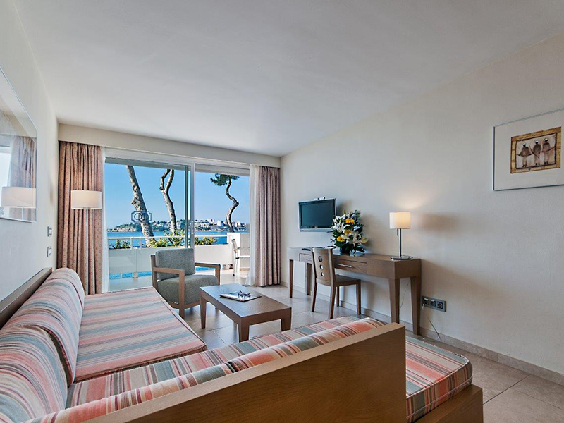 Superior Apartment with sea view5
