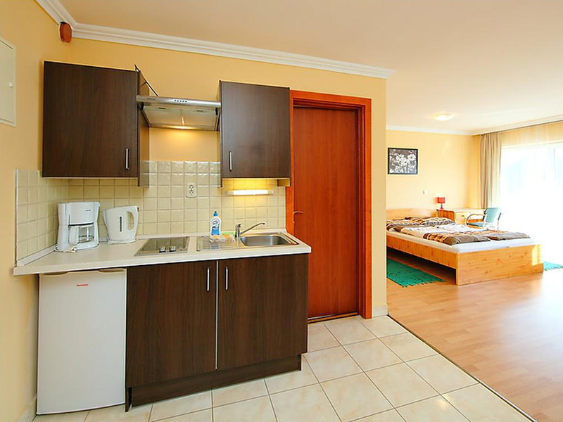 Two-Bedroom Apartment (4 Adults)4