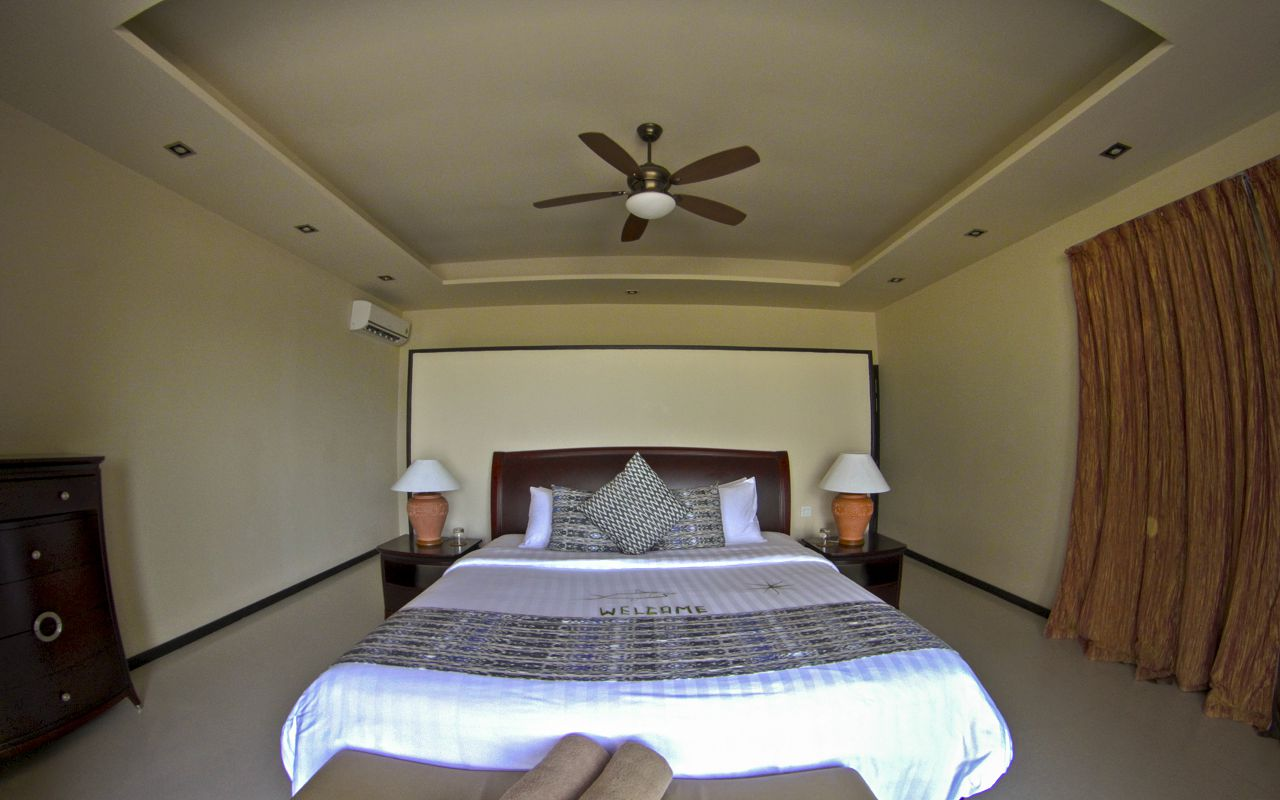 Two Bedroom Family Executive Suite with Pool (15)