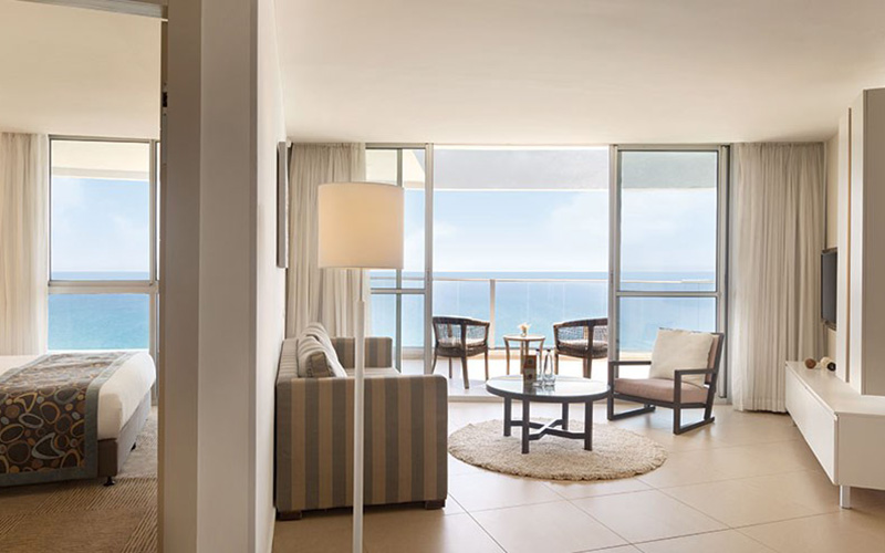 deluxe suite full sea view with terrace3