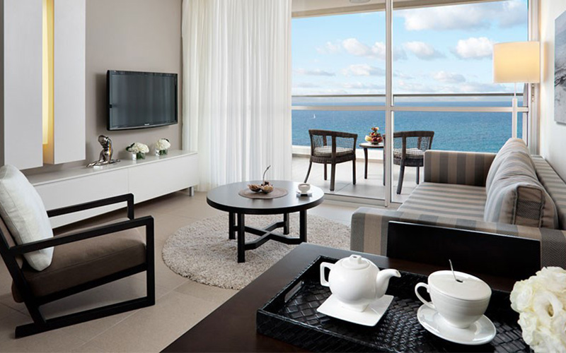 deluxe suite full sea view with terrace4