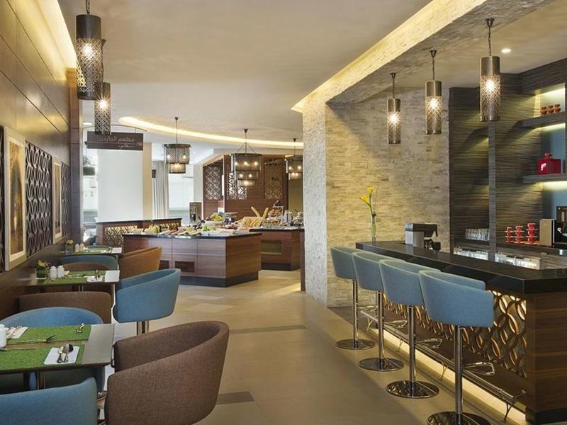 Тур на отдых в отеле Hilton Garden Inn Dubai Al Mina 4*+ в ...