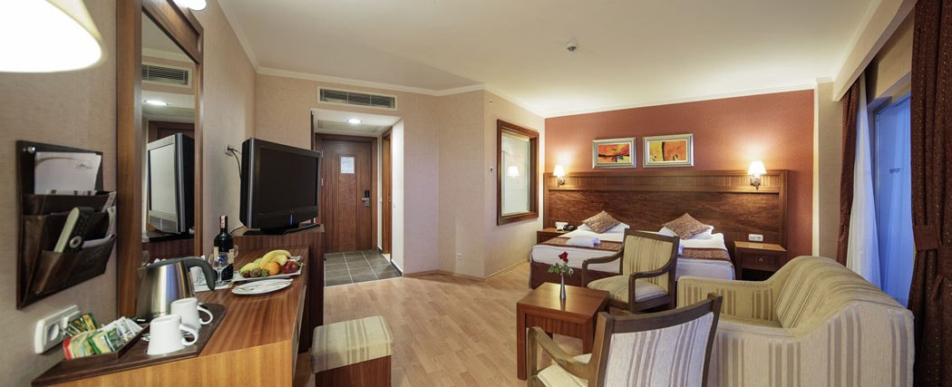 Alba Royal Hotel Side Sperior(Junior Suite) Room3-min