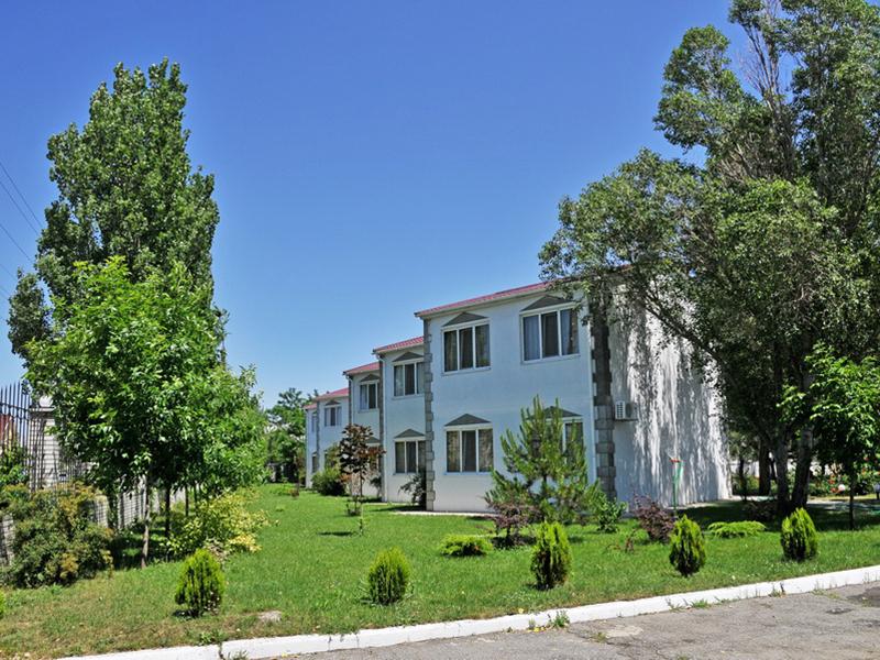 искать тур украина бердянск