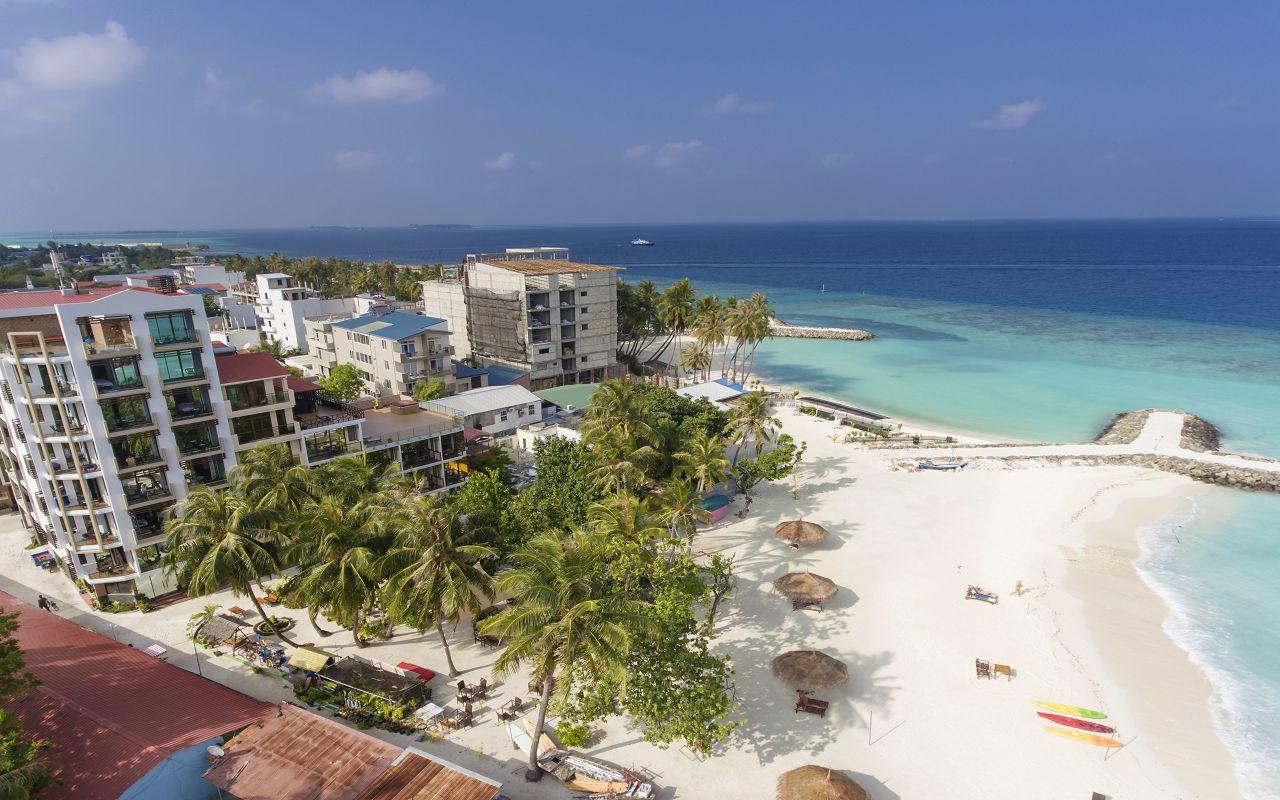 Пакетный тур: Новый год на Мальдивах всего за 826$!