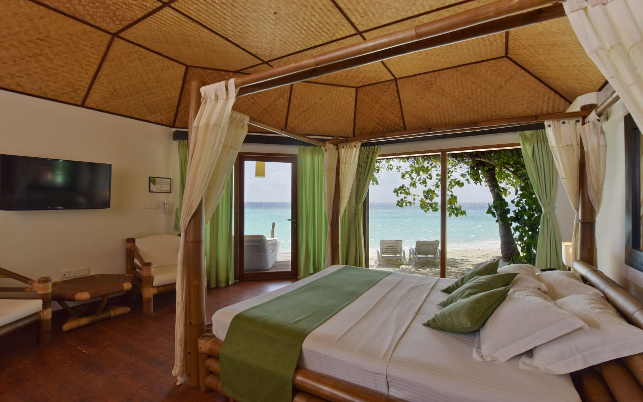 SFI-HRES-Safari_Island_Beach_Bungalow5