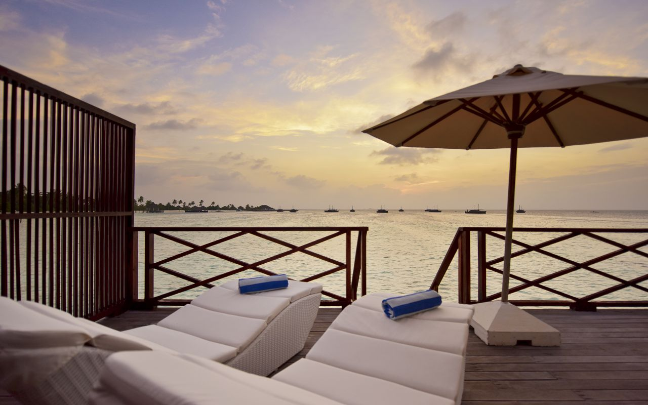 SFI-HRES-Safari_Island_Water_Bungalow2