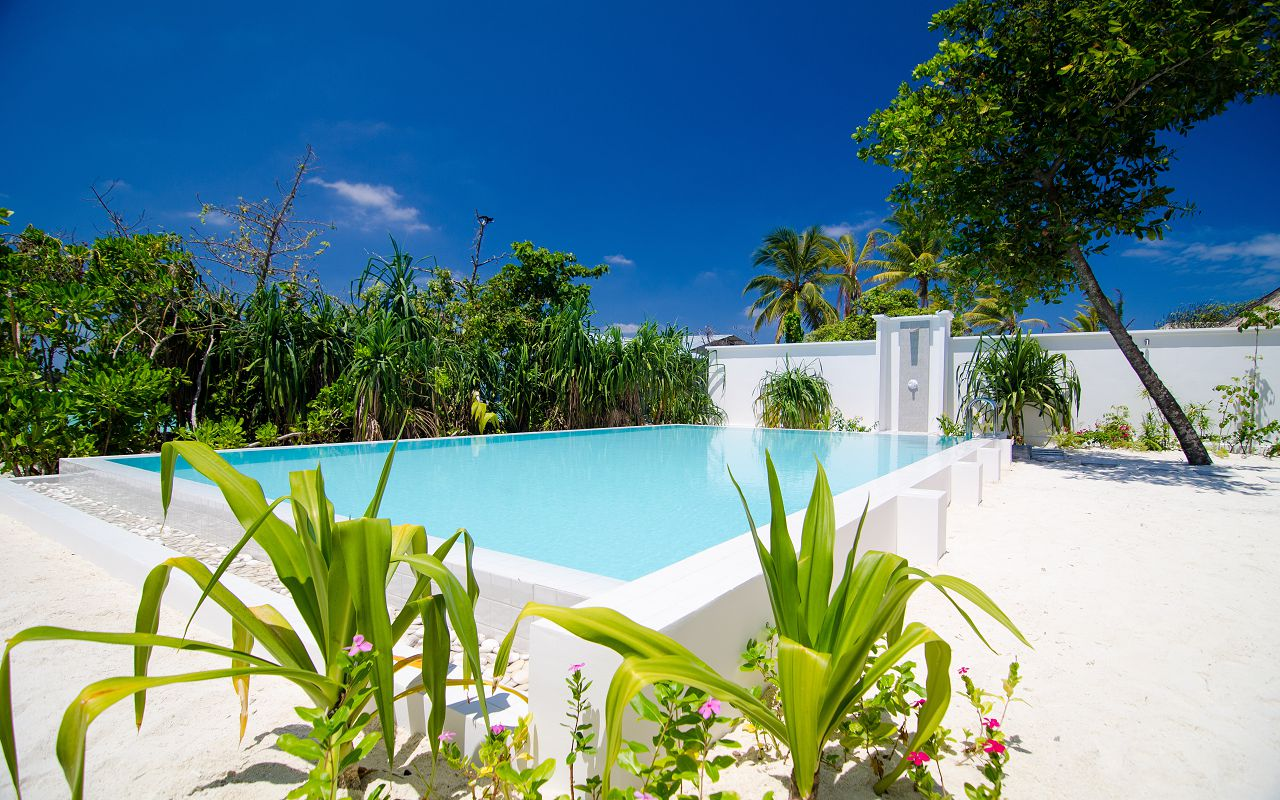 2 Bedroom Beach Pool Villa (12)