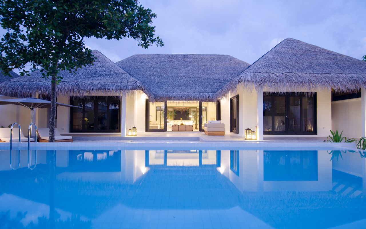 2 Bedroom Beach Pool Villa (8)