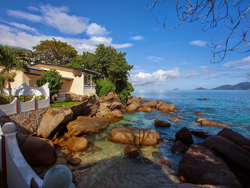 Anse-soleil-beachcomber-View-of-superior-Rooms-1