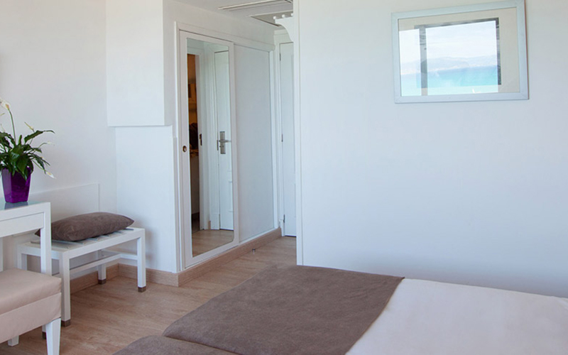 Double room with sea views2