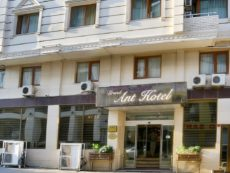 Grand Ant Hotel