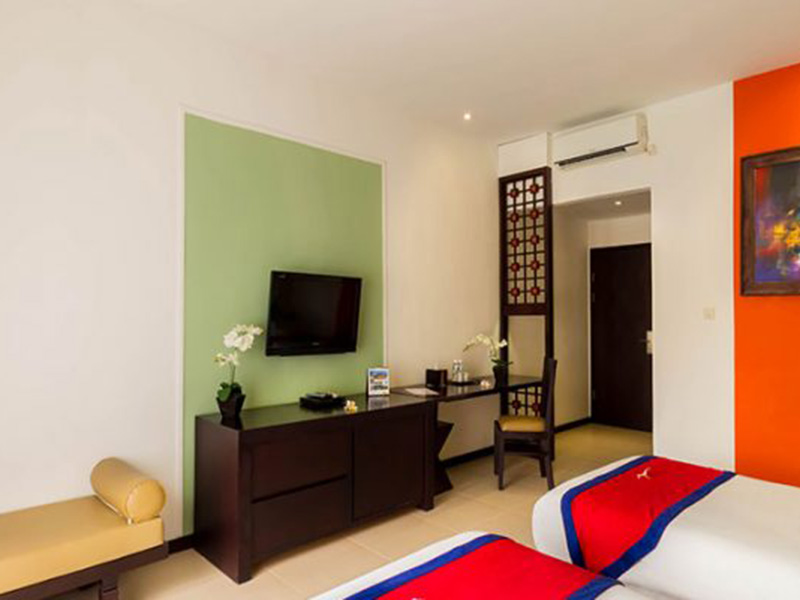 Superior-Twin-View-Amenities-700x400