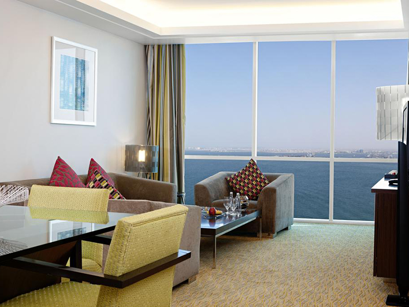 Diplomatic suite with Executive Lounge Access (4)