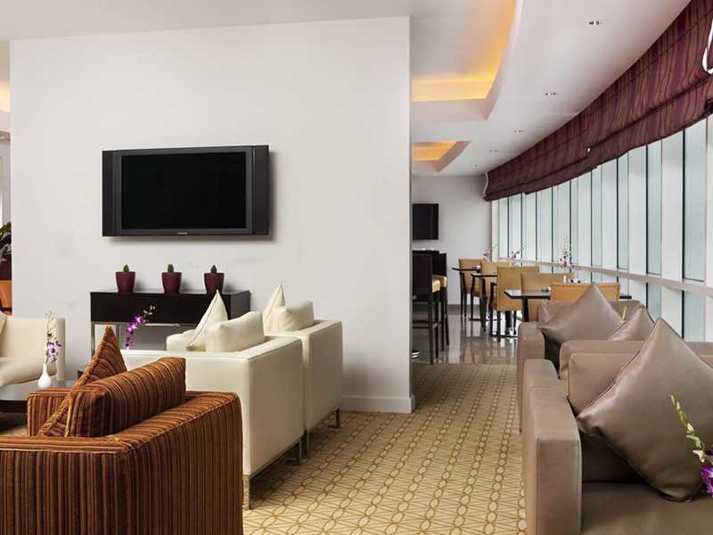 Executive Suite with Executive Lounge Access (1)