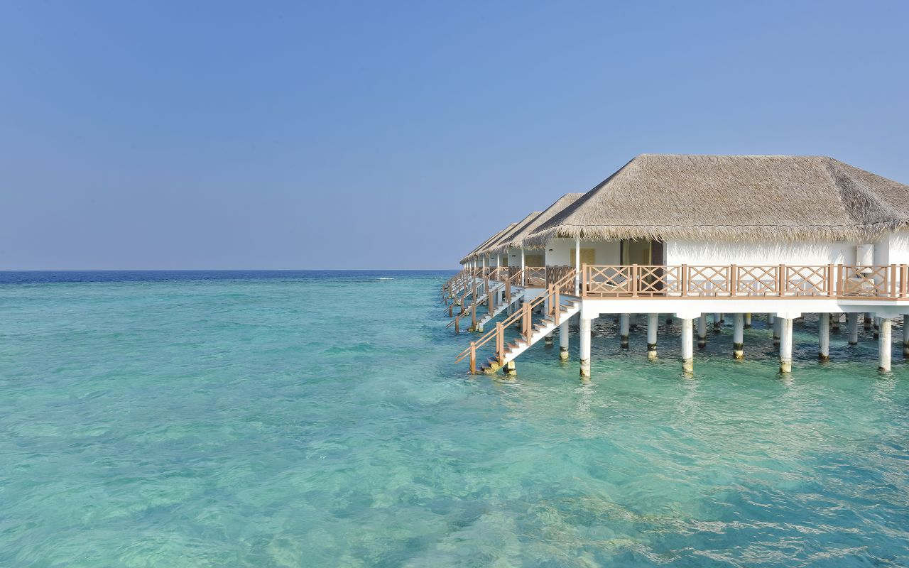 DL-HRES-Dreamland_Water_Bungalow_07