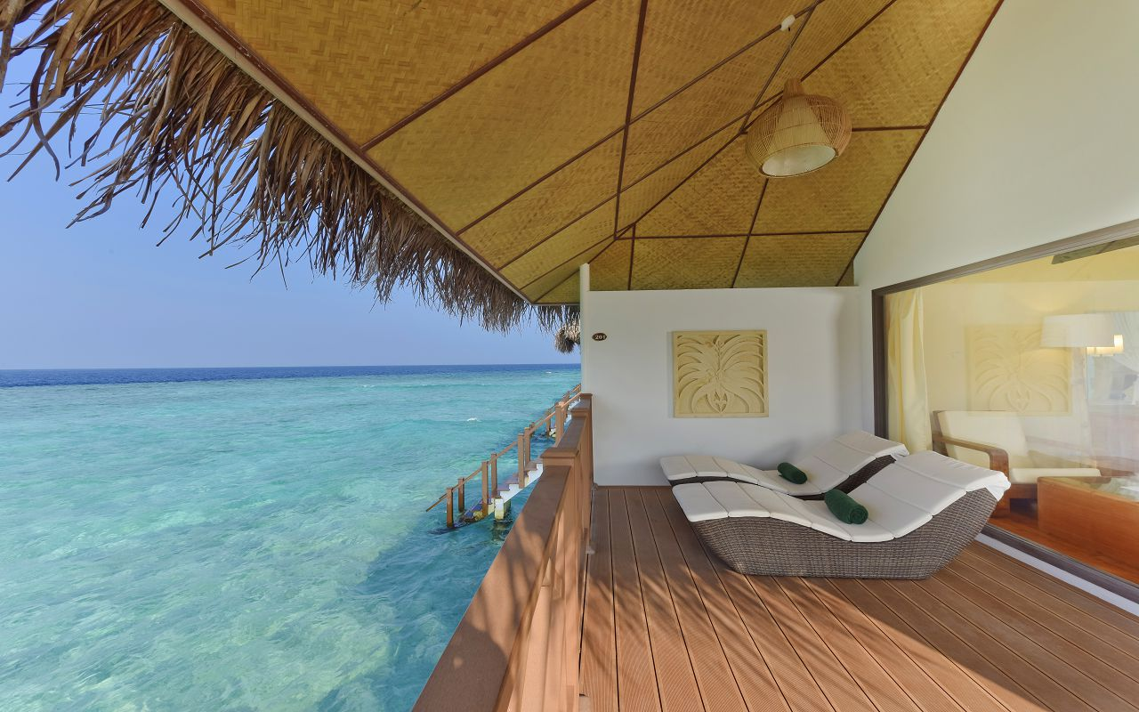 DL-HRES-Dreamland_Water_Bungalow_12