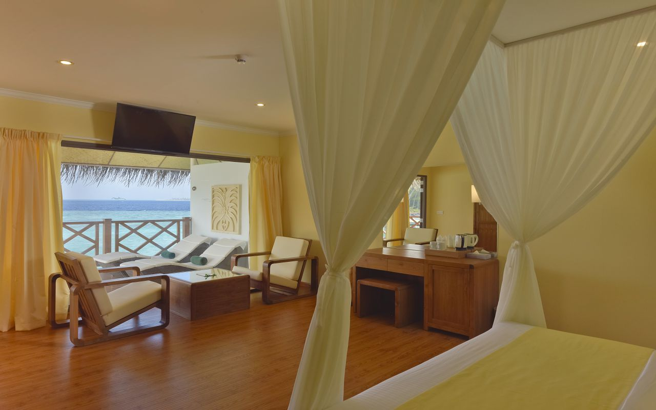 DL-HRES-Dreamland_Water_Bungalow_13