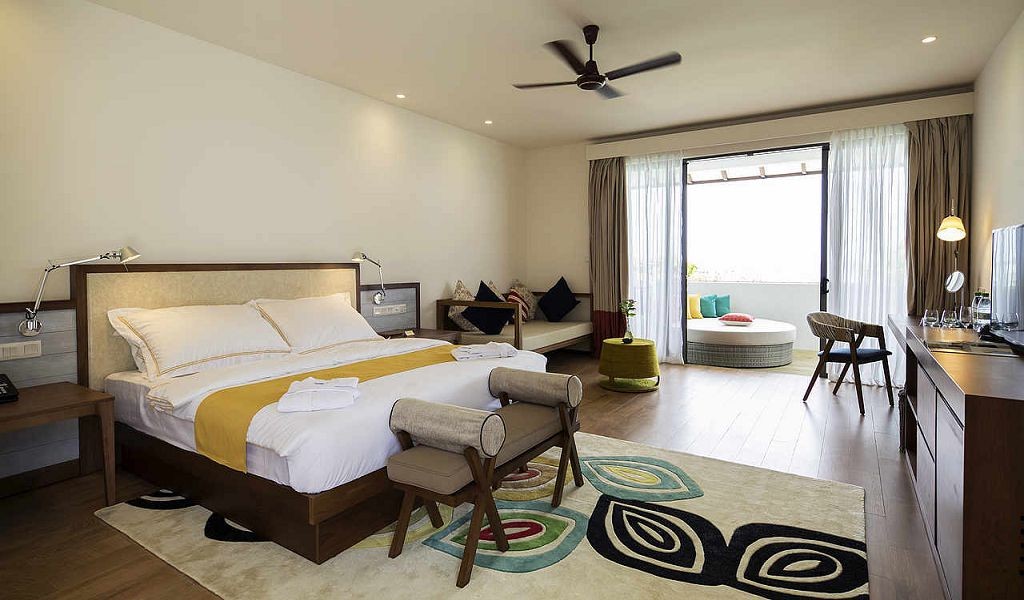 Double Room Sea View Superior (2)