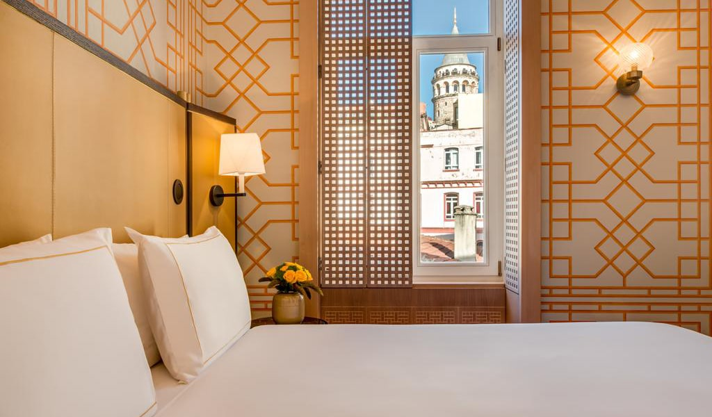 Deluxe King Room with Galata Tower View-min