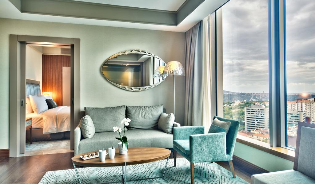 Junior Suite Bosphorus View With Lounge Access 1-min