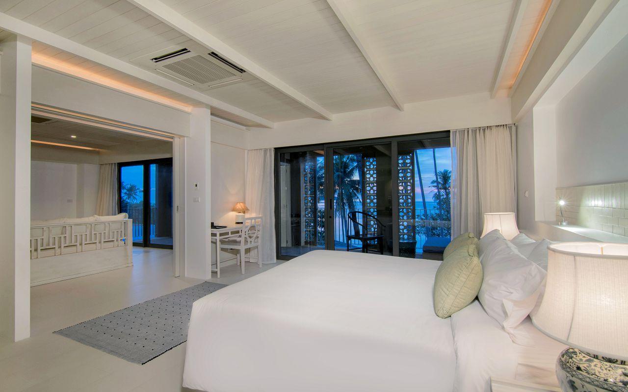 00027 - Beachfront Suite