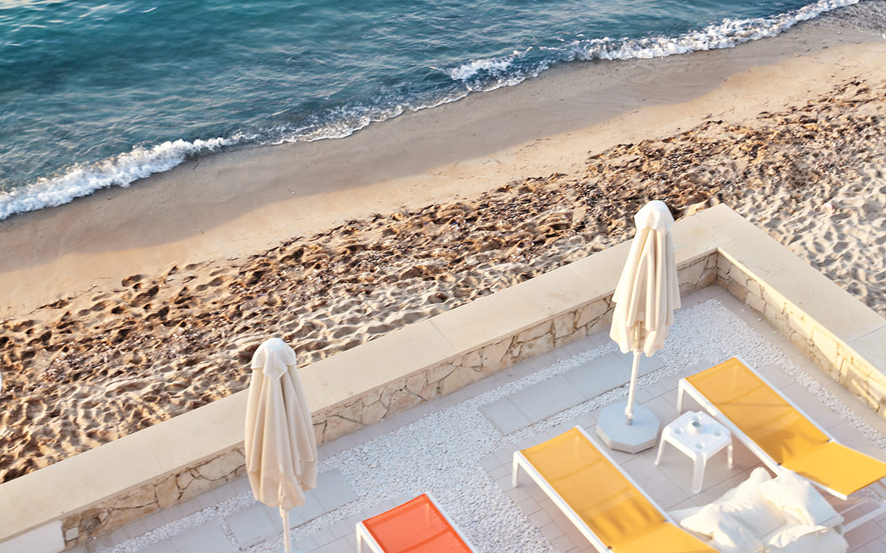 06-Luxury-Holidays-in-Lux-Me-White-Palace - gwp