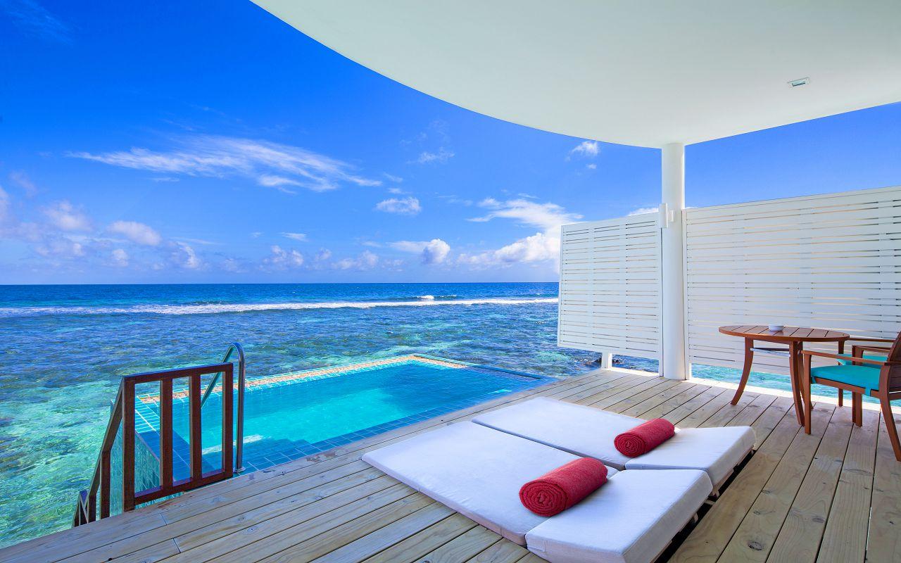 07-sunset-ocean-pool-villa-02