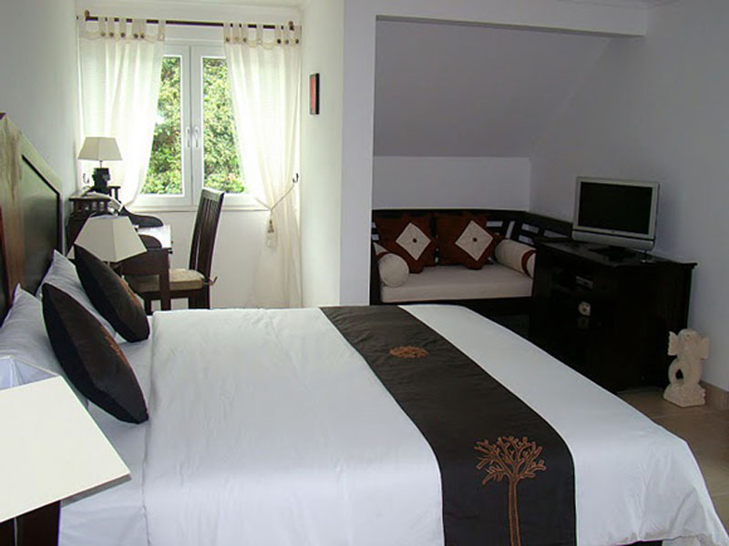 1 Bedroom Studio Apartment Penthouse (1)