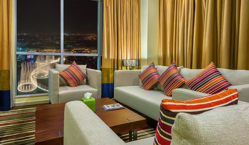 1 Bedroom Suite Burj Khalifa & Fountain View-min