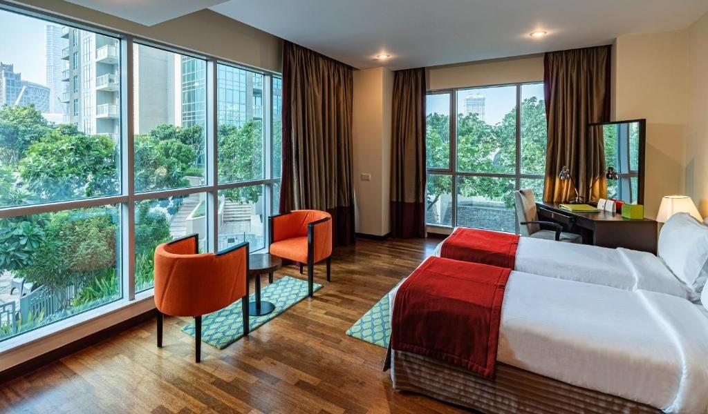 1 Bedroom Suite Burj Khalifa & Fountain View10-min