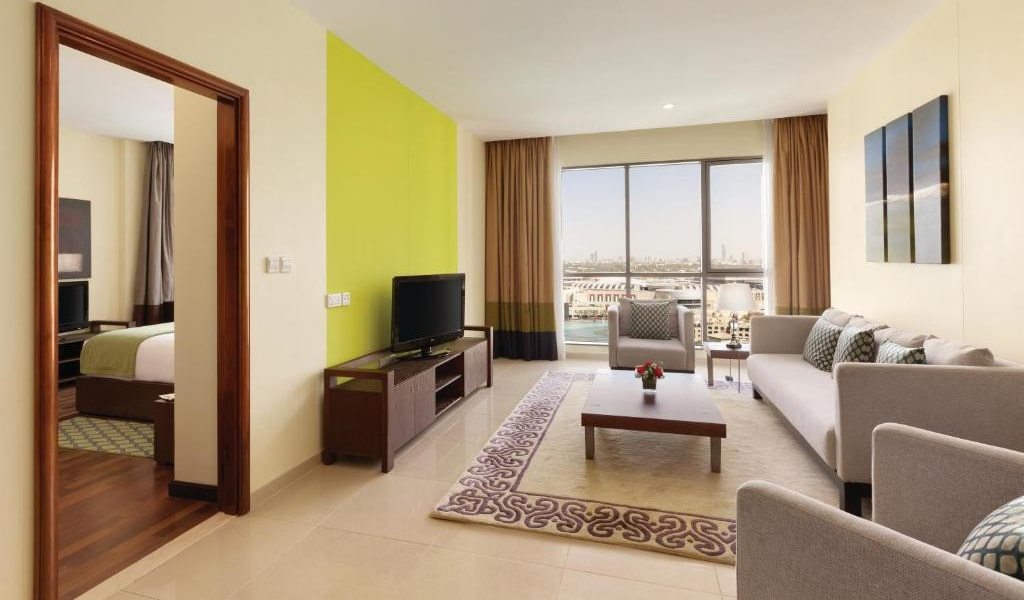 1 Bedroom Suite Burj Khalifa & Fountain View3-min