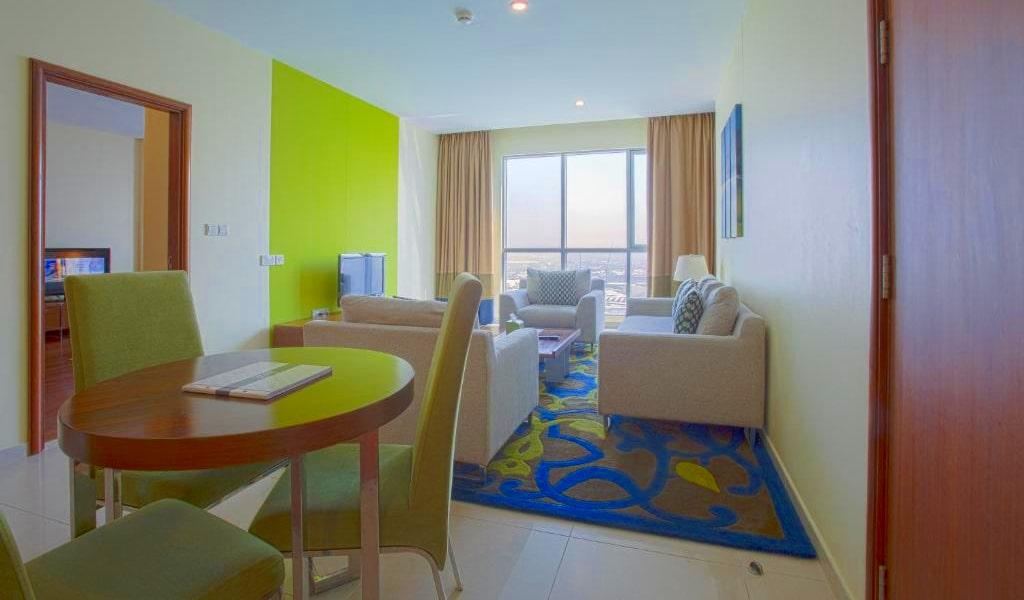 1 Bedroom Suite Burj Khalifa & Fountain View5-min